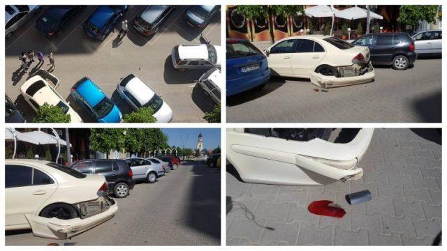 FOTO ȘTIREA TA: Mașină lovită de o șoferiță neatentă, în parcarea de pe Bulevardul Transilvaniei din Alba Iulia, zona Pasaj